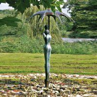 Skulptur Geborgenheit Springbrunnen